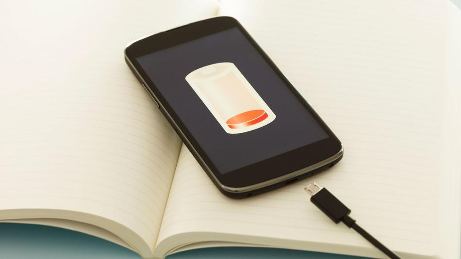 Cum pot reduce consumul bateriei?
