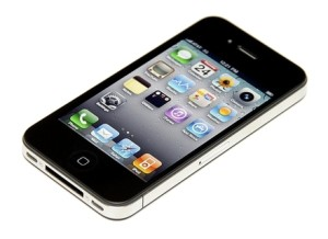 Design si display la modelul iPhone 4S