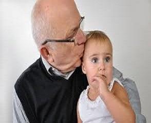 Daca ai fost conceput de un tata mai in vârsta ai putea sa traiesti mai mult timp