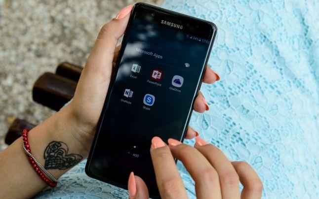 De ce se defecteaza un telefon mobil?