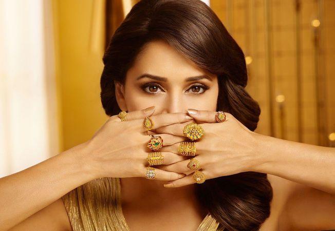 Sunt preferate la amanet bijuteriile din aur si argint?