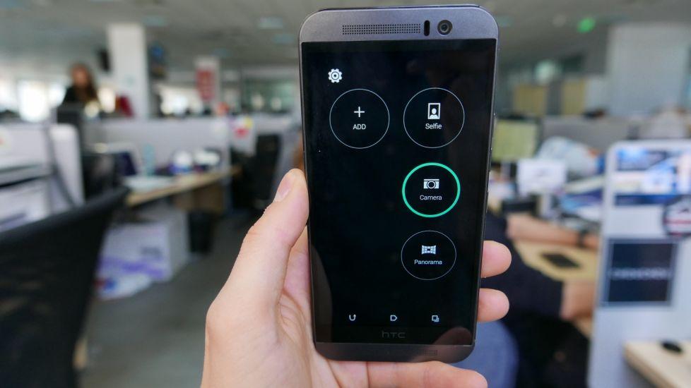 De ce nu rezista telefoanele HTC incarcate mult timp?