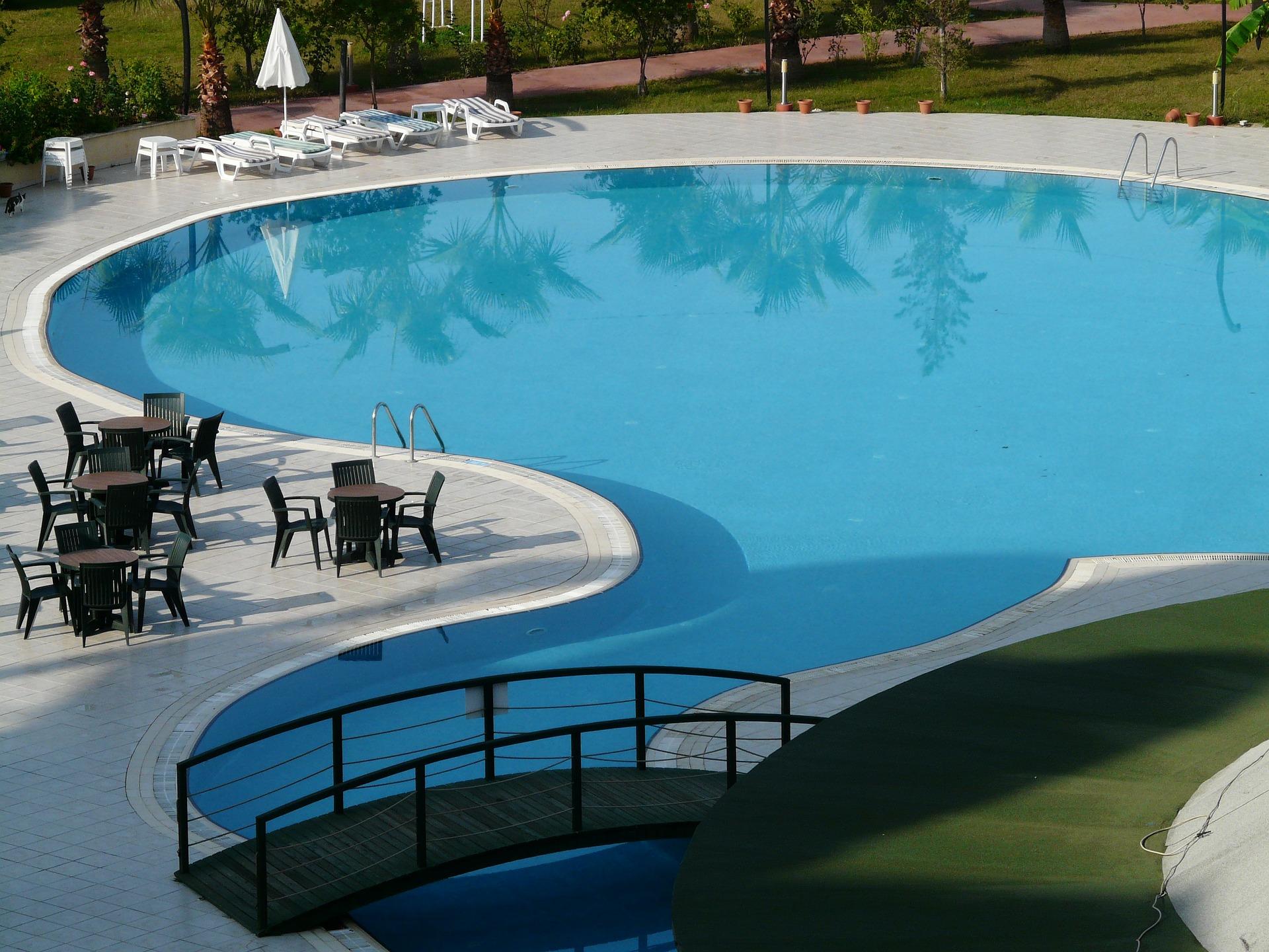 Echipamente necesare pentru o piscina