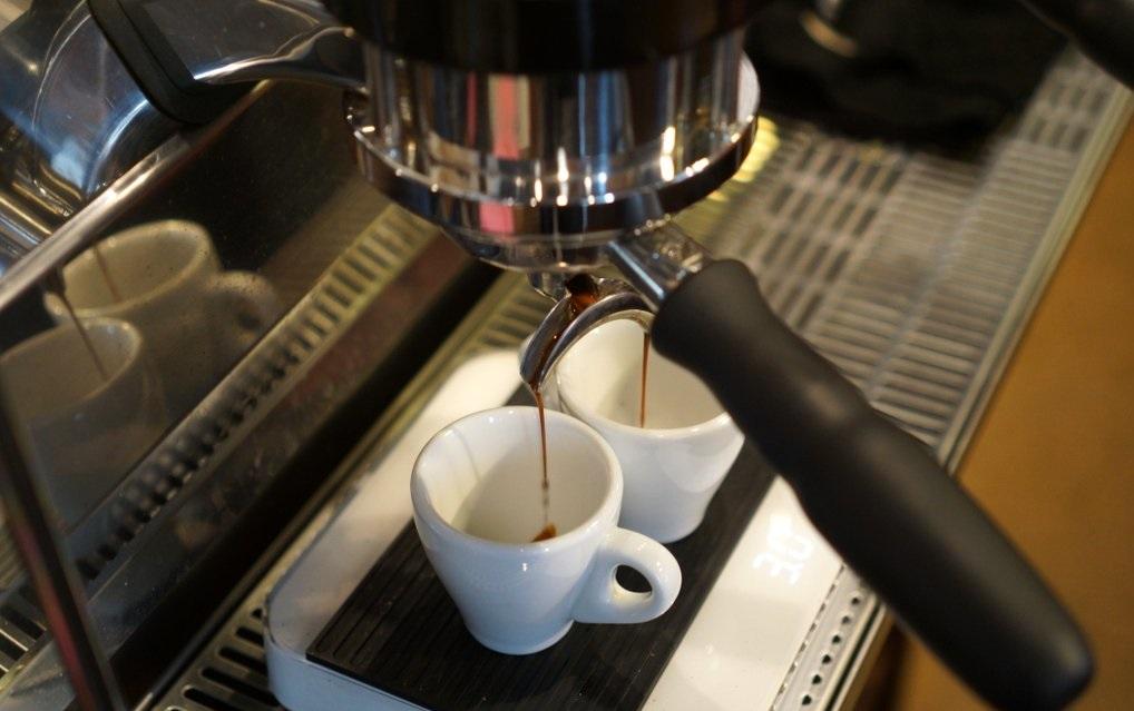 Cum functioneaza espressoarele de cafea?