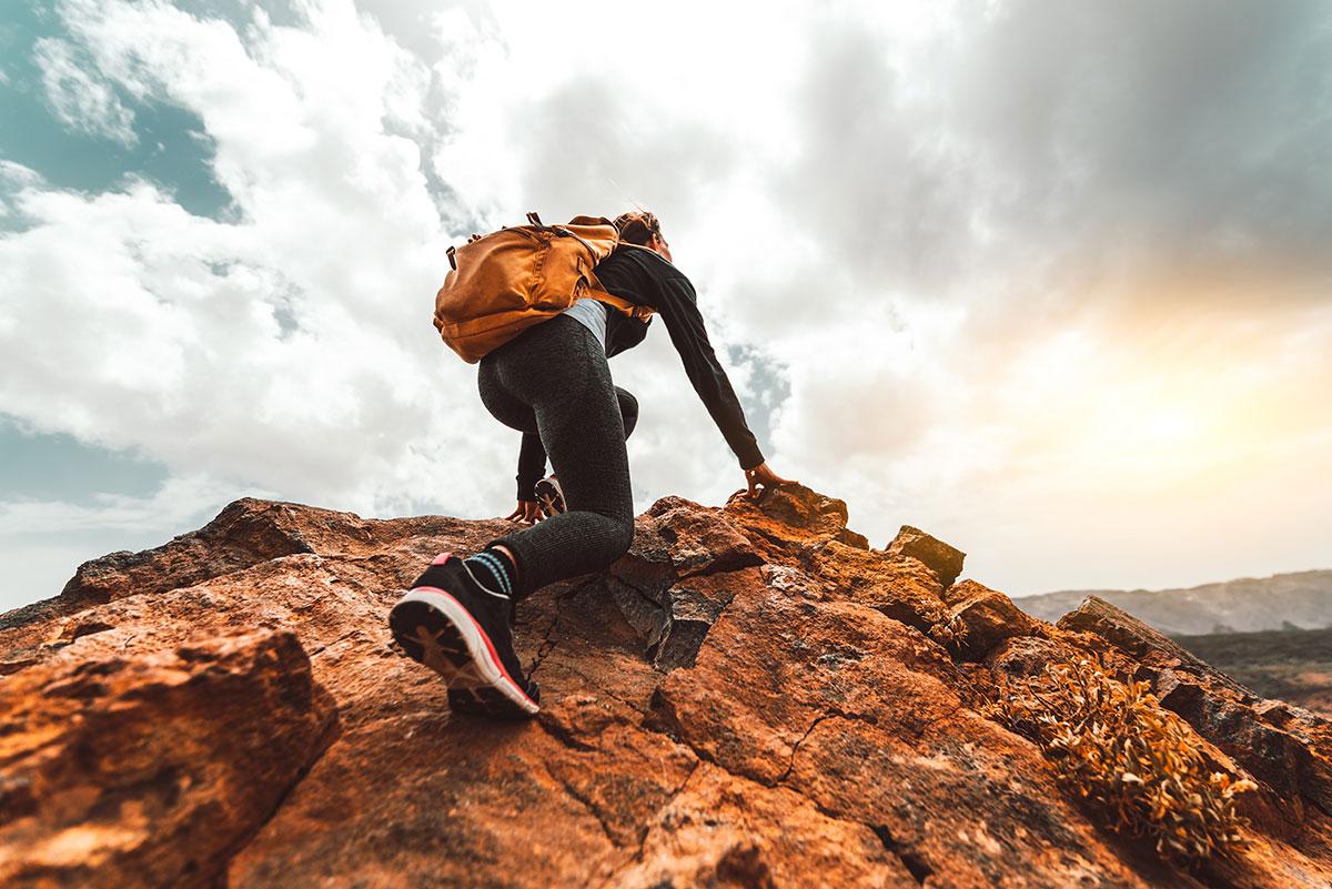 Urcatul pe munte iti poate schimba viata